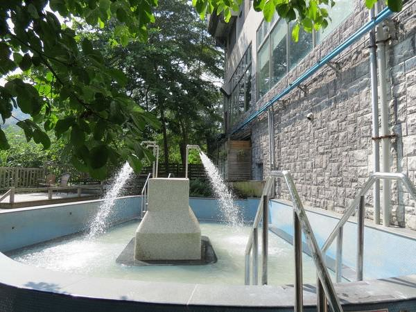 關子嶺統茂溫泉會館, 溫泉池