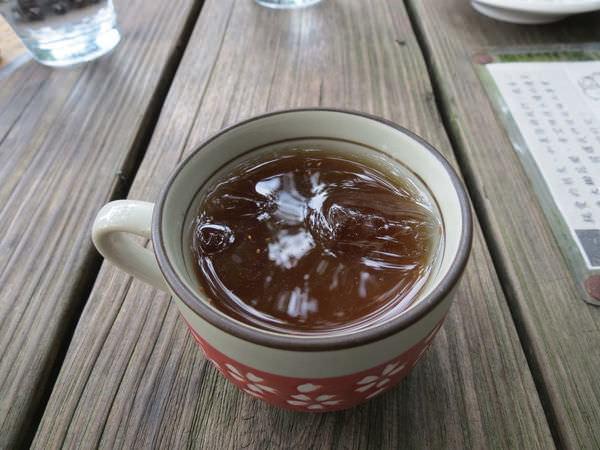 大鋤花間咖啡生態農場, 餐點, 龍眼花茶