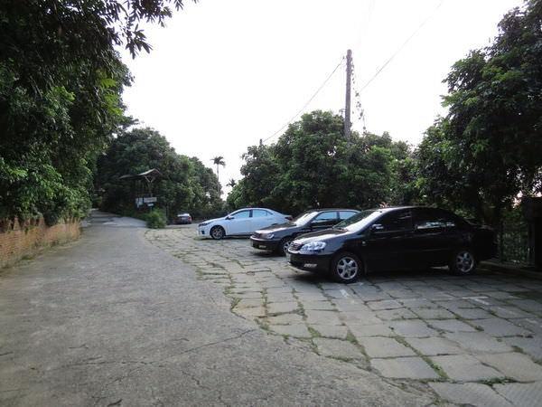 大鋤花間咖啡生態農場, 戶外環境, 停車場