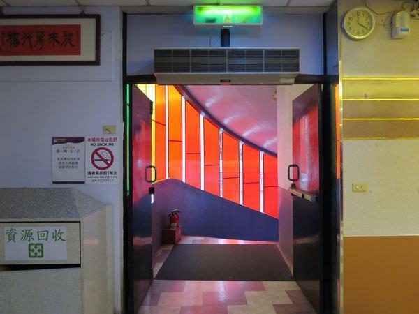 萬代福影城, 3F, 樓梯