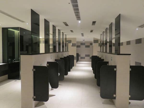 台中新光影城, 13F, 廁所