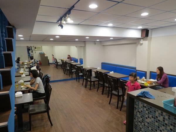 Arty Burger Café@政大店, 用餐空間
