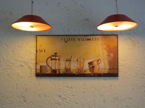 Arty Burger Café@政大店, 裝潢佈置