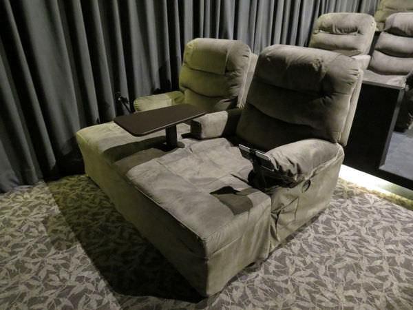 美麗華大直皇家影城, 電影廳, 沙發