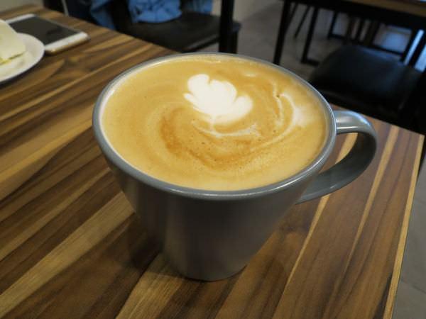 幸福2號咖啡館, 拿鐵