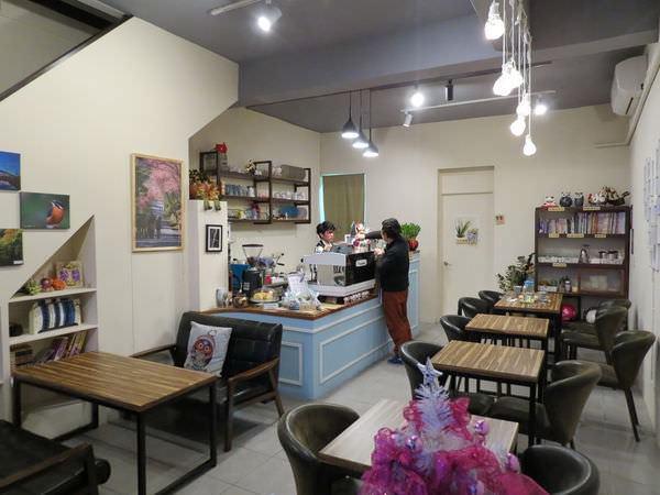 幸福2號咖啡館, 裝潢佈置