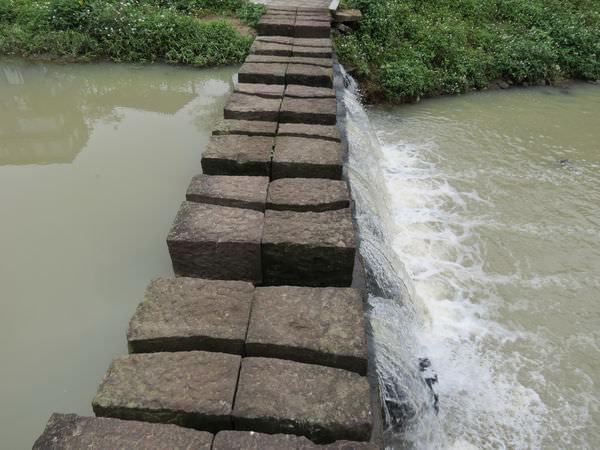 內溝溪自然生態步道, 東湖國中