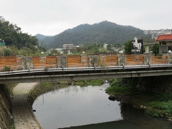 內溝溪自然生態步道, 白馬山莊橋