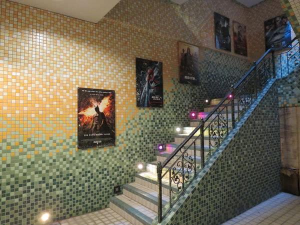 大千電影院, 樓梯