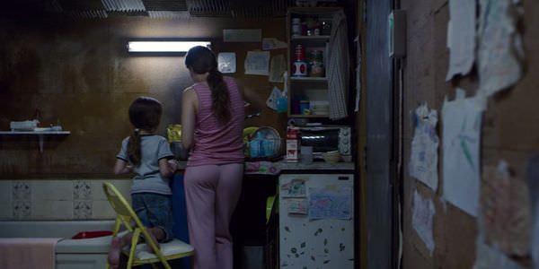 Movie, Room(愛爾蘭.加拿大) / 不存在的房間(台灣) / 抖室(香港) / 房间(豆瓣), 電影劇照