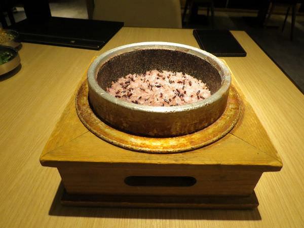 豆腐村@南港店, 餐點, 紫米飯