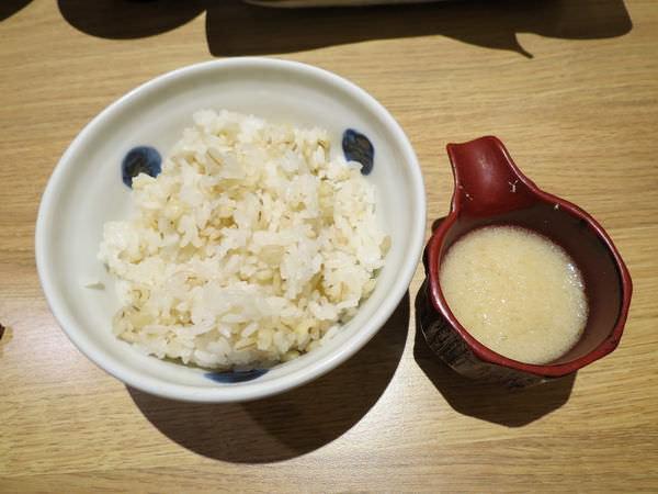靜岡勝政日式豬排@美麗華店, 餐點, 麥飯 & 山藥泥