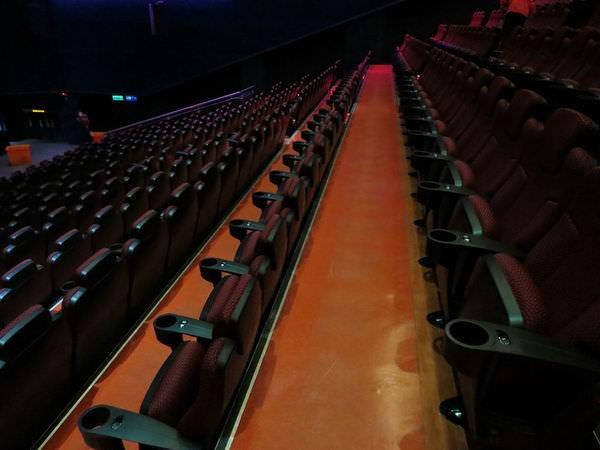 國賓大戲院, 巨幕廳, 座椅