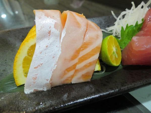 念戀小館, 綜合生魚片