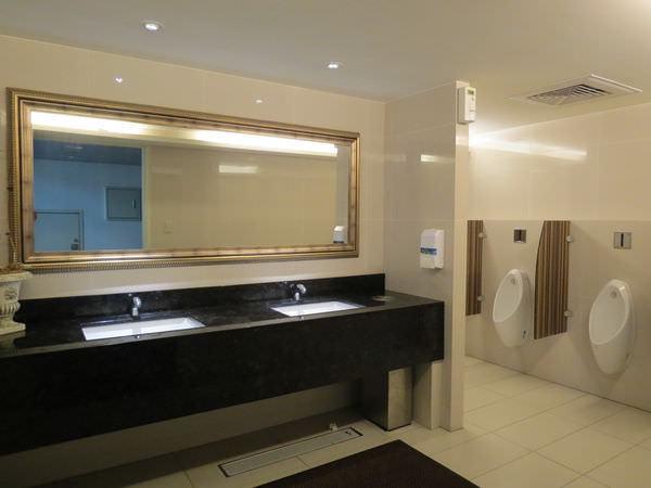 板橋秀泰影城, 4F, 廁所