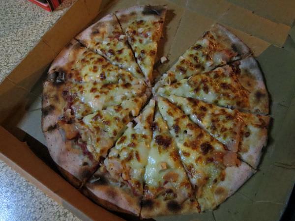窯很大 柴燒窯烤披薩, 宜蘭縣, 頭城鎮