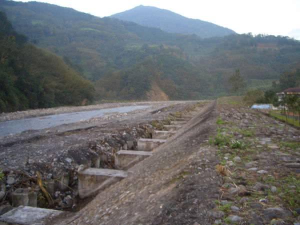 闖北橫Ⅱ 401 梵梵溪