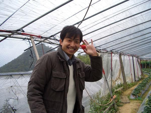 內湖採草莓 38-草莓少年DK