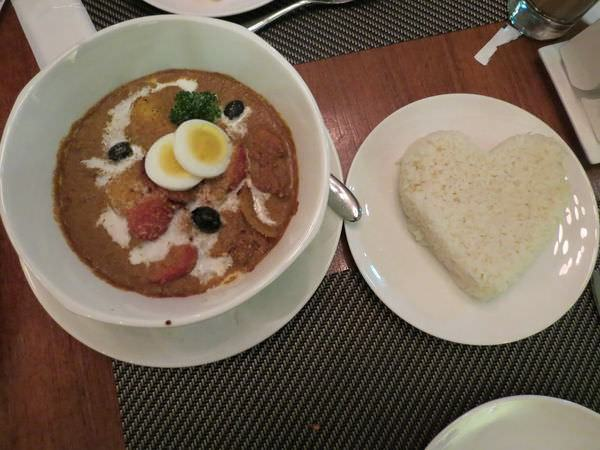 新帆船澳門葡國餐廳, 餐點, 香辣咖哩雞