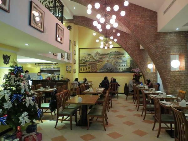 新帆船澳門葡國餐廳, 用餐環境