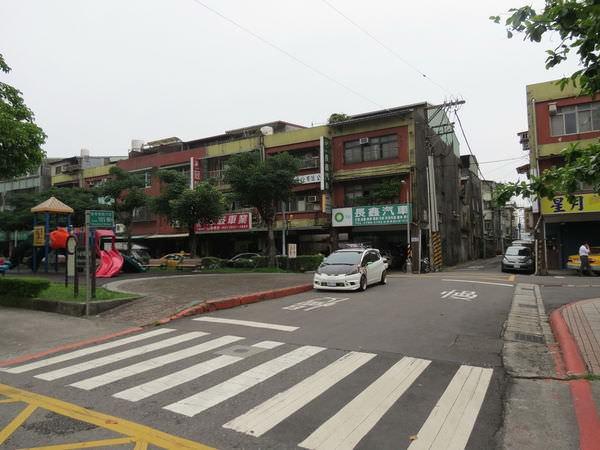 連長牛肉麵, 台北市, 南港區, 忠孝東路, 捷運昆陽站