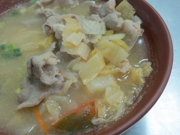 小如東北酸菜白肉麵館, 酸菜白肉麵