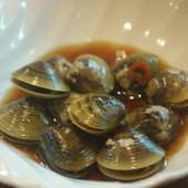 海角47號熱炒99, 醃漬鹹蛤蜊