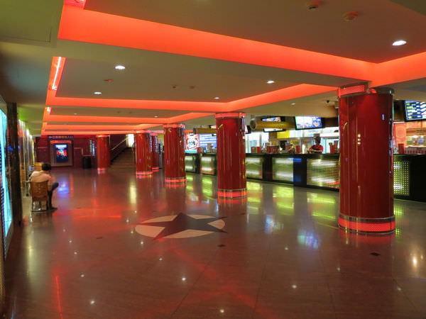 國賓大戲院, 2F, 大廳