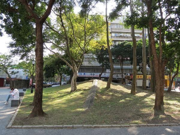 四四南村(信義公民會館), 捷運台北101/世貿站, 台北市信義區