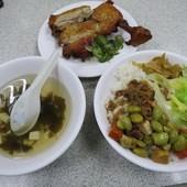 金園排骨(萬年), 雞腿飯