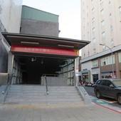 台北捷運, 紅線, 信義線, 大安森林公園站, 1號出口