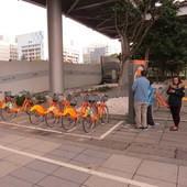台北信義威秀影城, YouBike, 世貿二館站