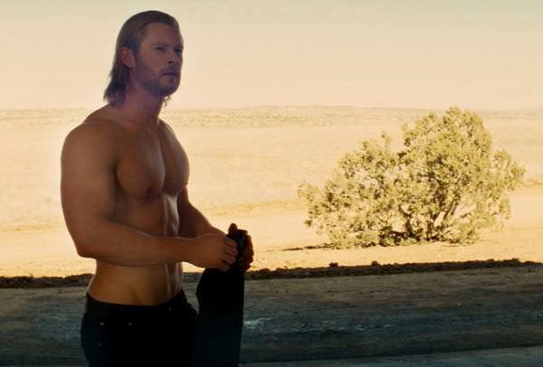 雷神索爾(thor), 克里斯漢斯沃(Chris Hemsworth)