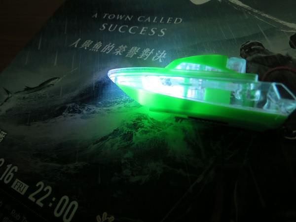 賞鯨船的LED燈吊飾