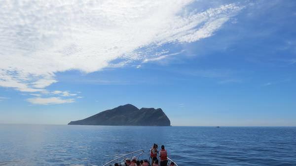 龜山島之旅, 烏石港外海