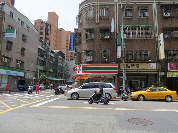 台北市南港區興華路