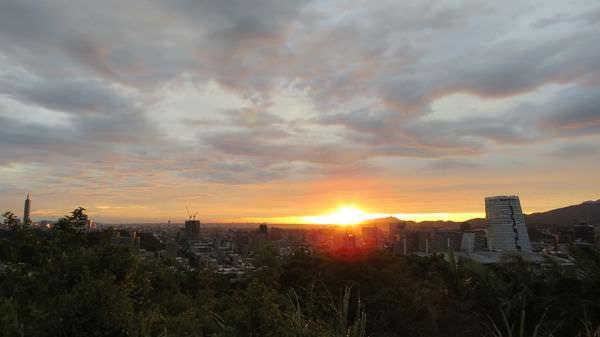 橫科, 夕陽