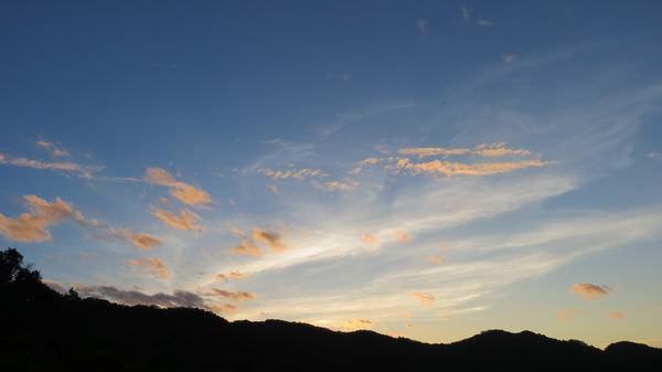 鹿窟, 日出