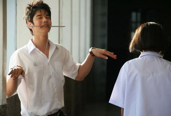 Mario Maurer, Crazy little thing called love