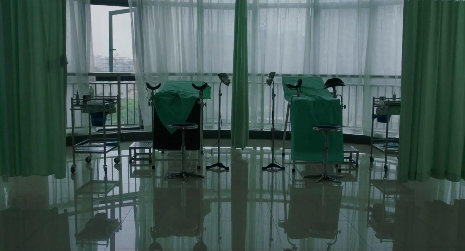 Movie, 嘉年华(中國.法國, 2017) / 嘉年華(台灣) / Angels Wear White(英文), 電影畫面