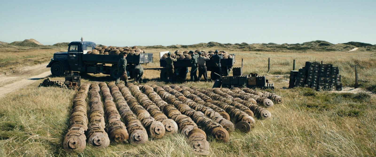 Movie, Under sandet(丹麥, 2016年) / 拆彈少年(台灣) / 十個拆彈的少年(香港) / Land of Mine(英文) / 地雷区(網路), 電影劇照