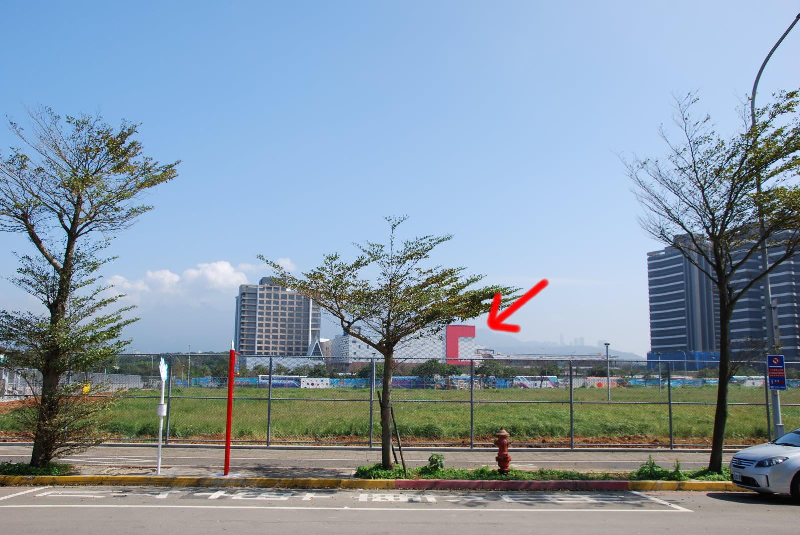 美麗新淡海影城, 週邊環境