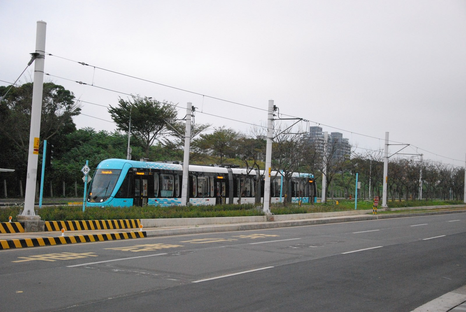 淡海輕軌綠山線, 輕軌濱海沙崙站, 周邊環境