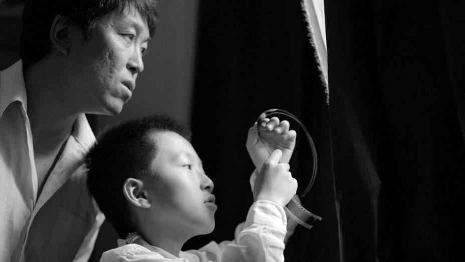八月:父親之愛最是難拍,而新導演張大磊拍出來了┃影評