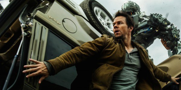 Mark-Wahlberg-on-a-Truck-in-Transformers-4-human-cast-e1403589711246.jpg
