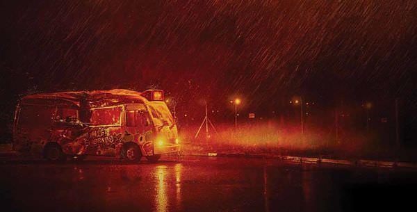 那夜凌晨,我坐上了旺角開往大埔的紅VAN