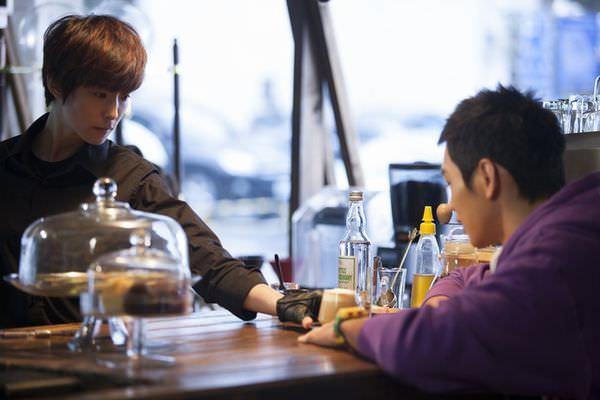 【等一個人咖啡】之二:男孩的愛情童話