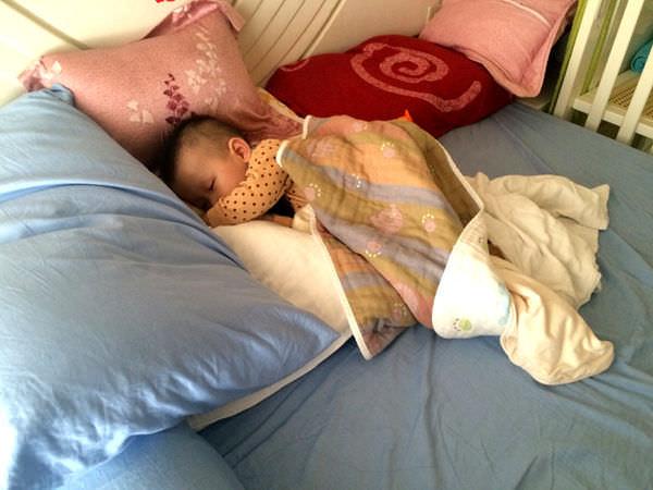 【試用】mammyshop 媽咪小站 有機棉 嬰兒護頸枕、護脊床墊