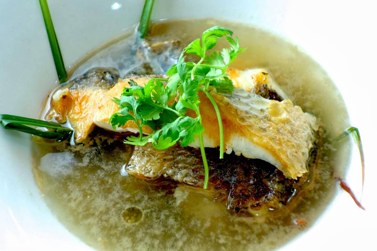 10分鐘就能上桌!「西式嫩煮鱸魚湯」只要多學這一招,魚肉會更營養香甜