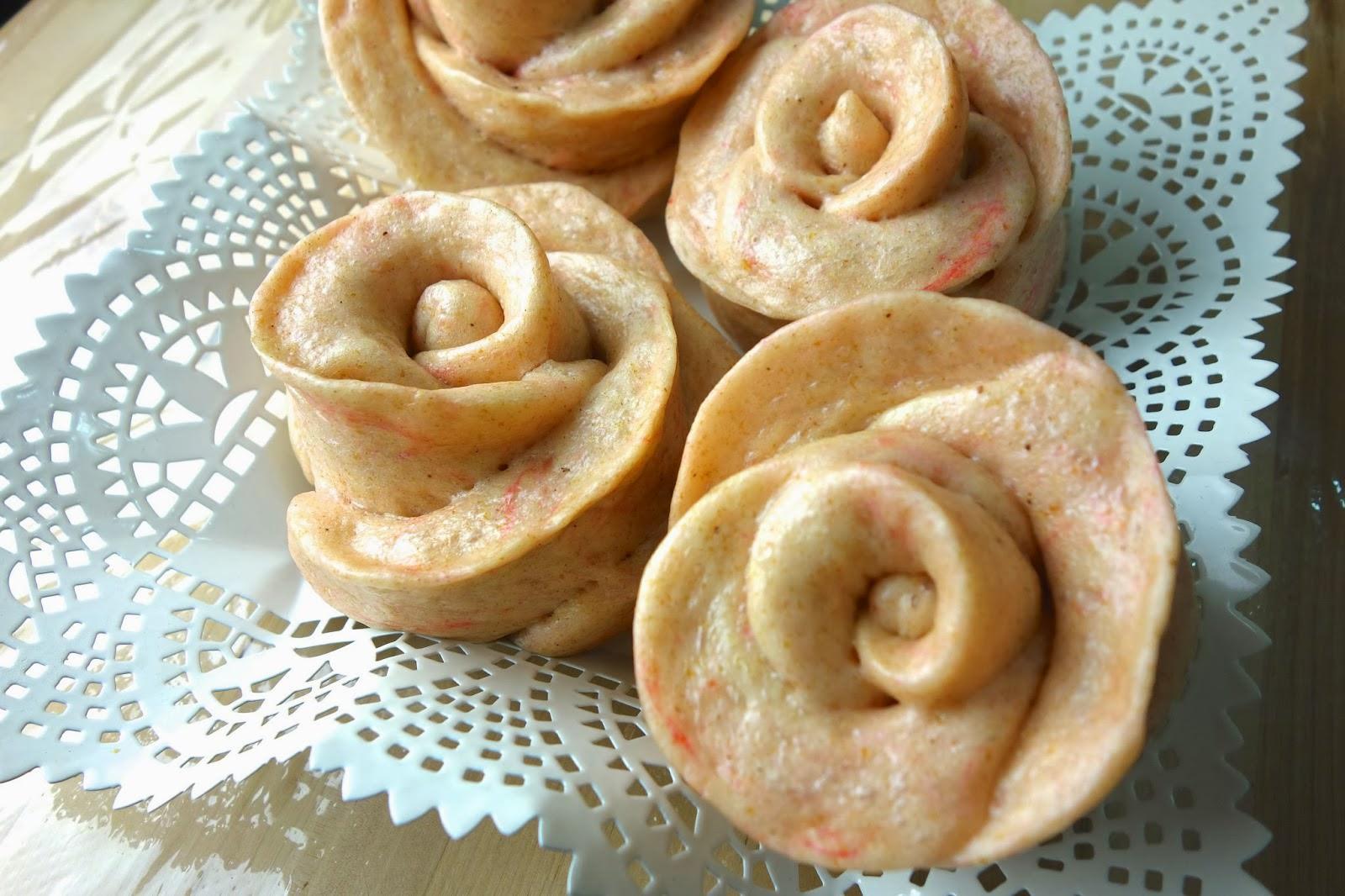 學會散發淡淡火龍果香的「玫瑰花饅頭」,天然又健康的做法,小朋友都搶著吃